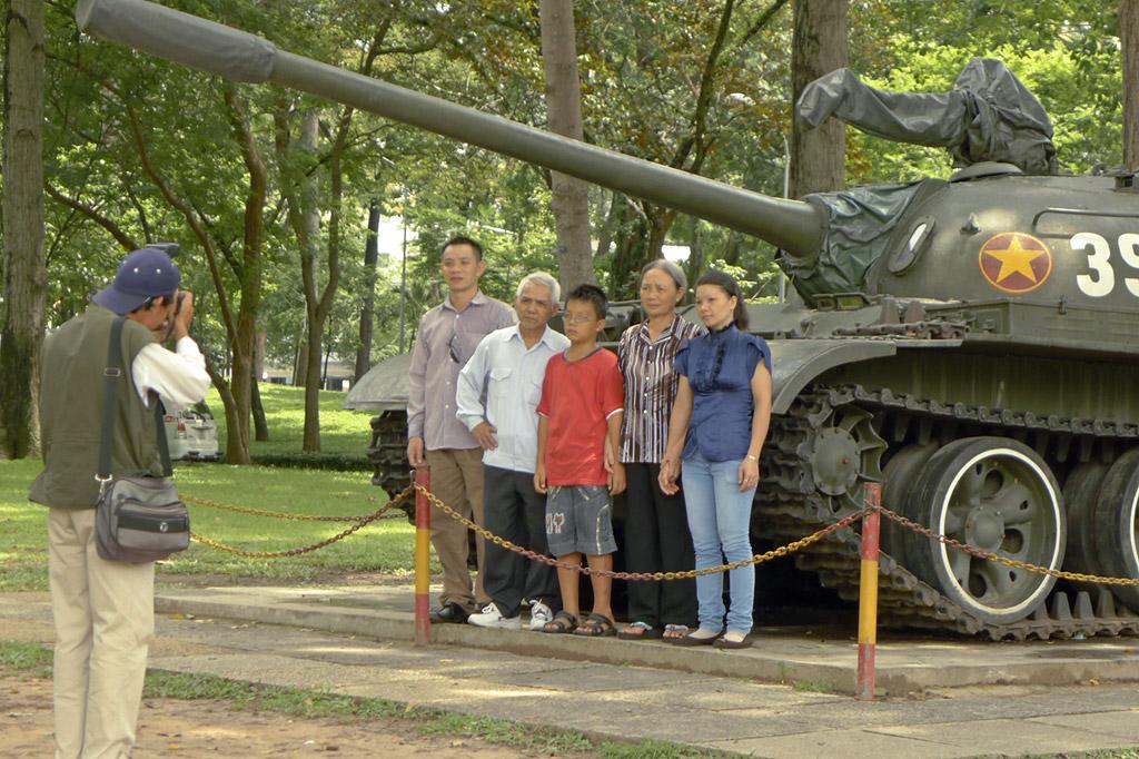 Tanque junto al que la grey vietnamita gusta de fotografiarse