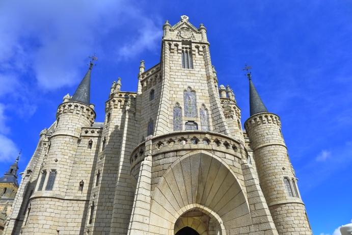 El castillo Exin diseñado por Gaudí para el Obispo de Astorga